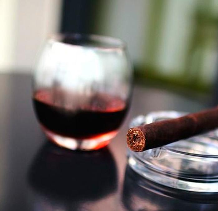 Cómo elegir un buen cigarro puro