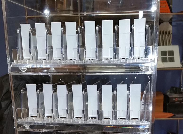 Expositor de papel de fumar para estancos